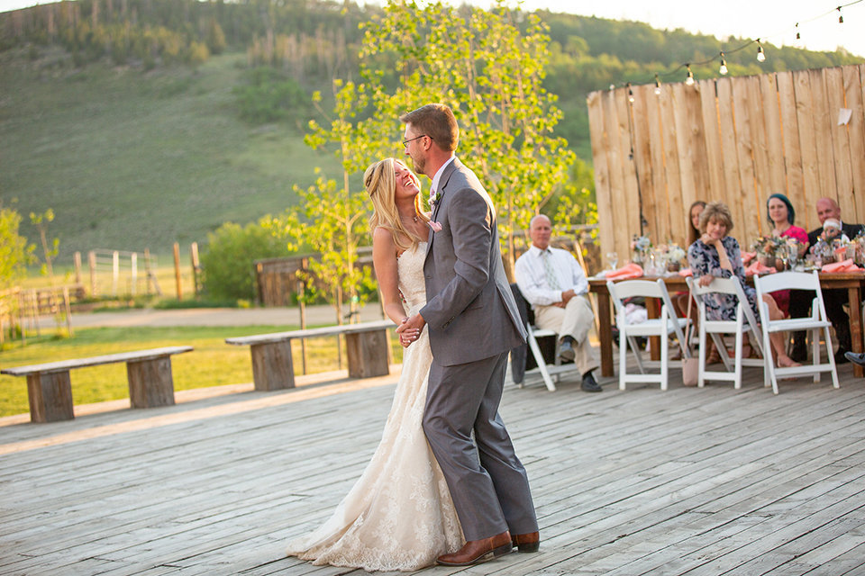 Strawberry-Creek-Ranch-Wedding-Ashley-McKenzie-Photography-Small-Wildflower-Outdoor-Wedding-First-Dance