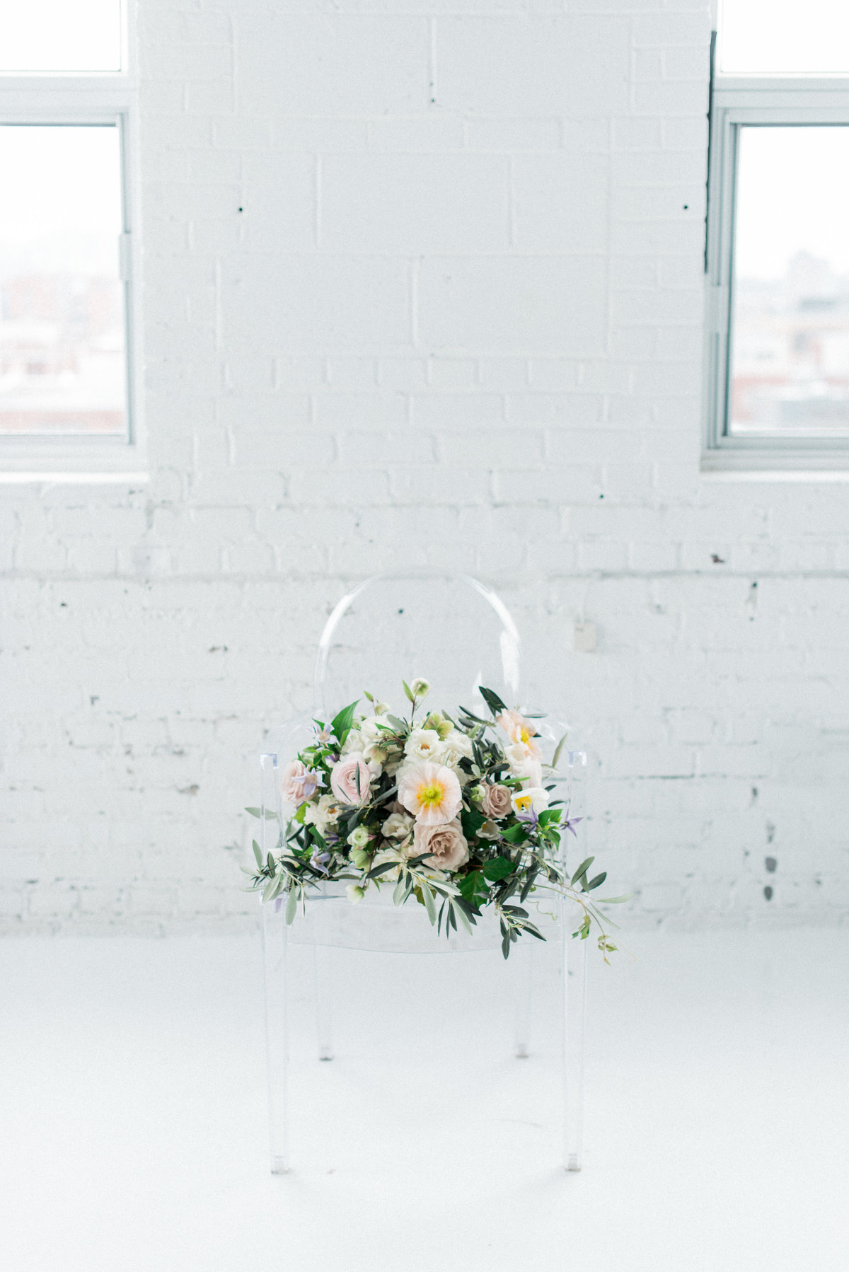 Simplicity Unveiled Styled Shoot-388