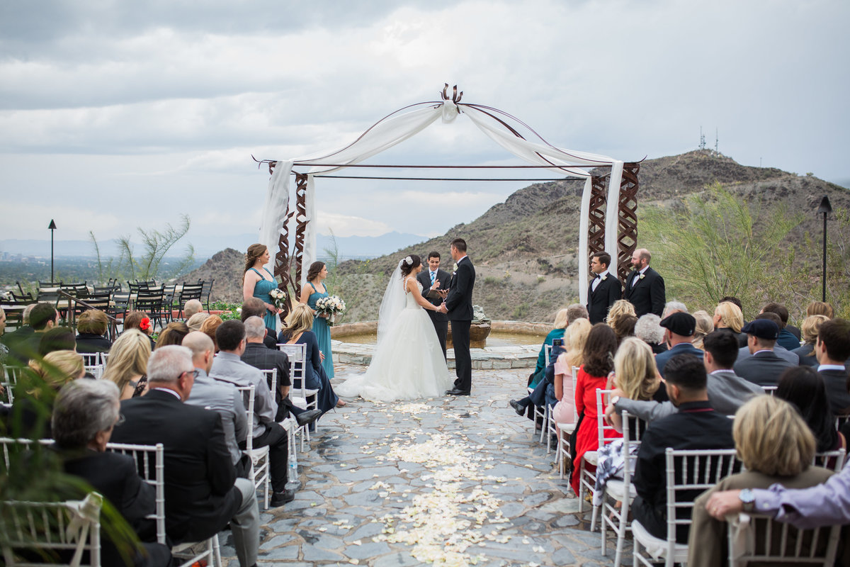 Keely_FJ_3129Tapatio_Cliff_Pointe_Hilton_Different_Pointe_Of_View_Wedding