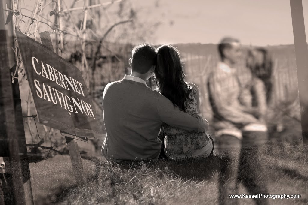 Orange county based wedding and engagement photography. Family photos and holiday card shoots.