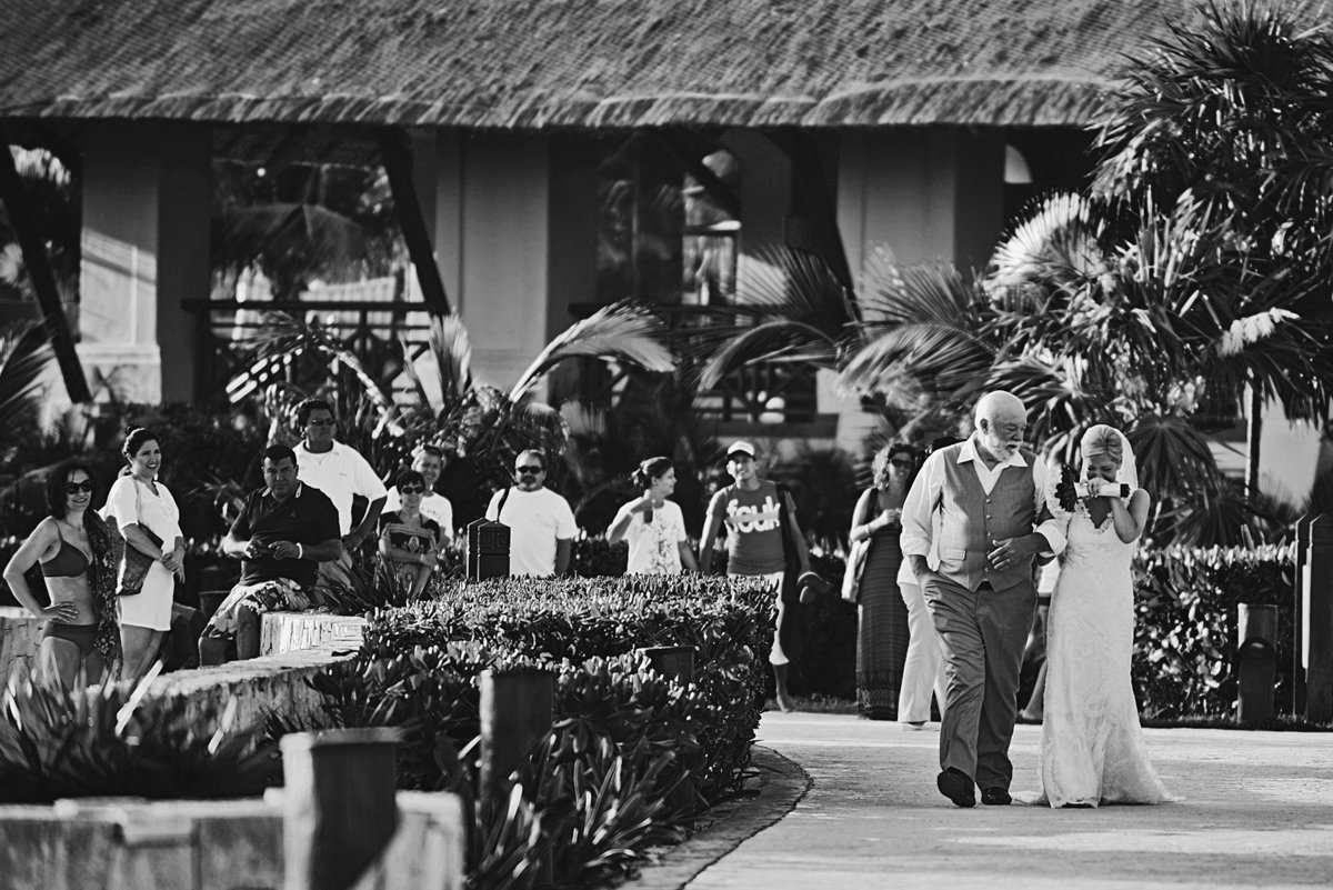 barcelo maya beach resort wedding destination wedding photographer bryan newfield photography 28