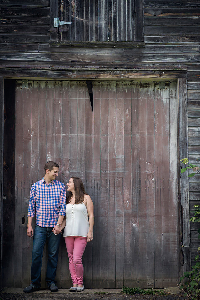 barn_door_engagement_photo