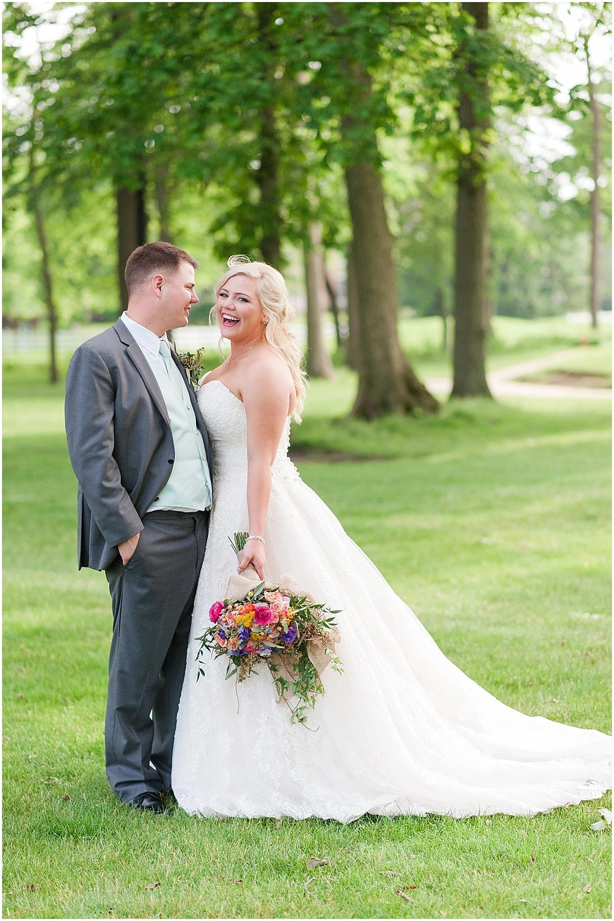 Elegant Heritage Golf Club wedding in Hilliard Ohio Outdoor Wedding Pipers Photography_0071