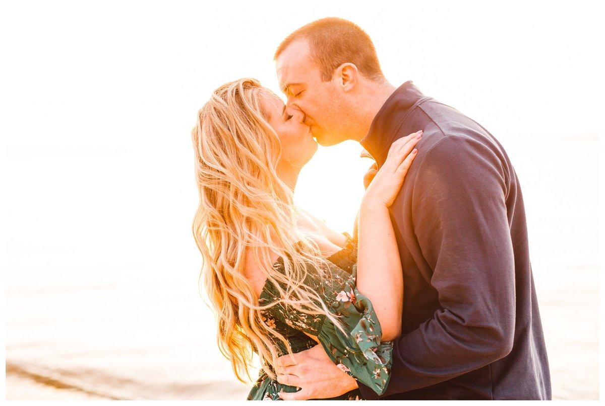 golden-hour-st-michaels-engagement-session-brooke-michelle-photography_2162
