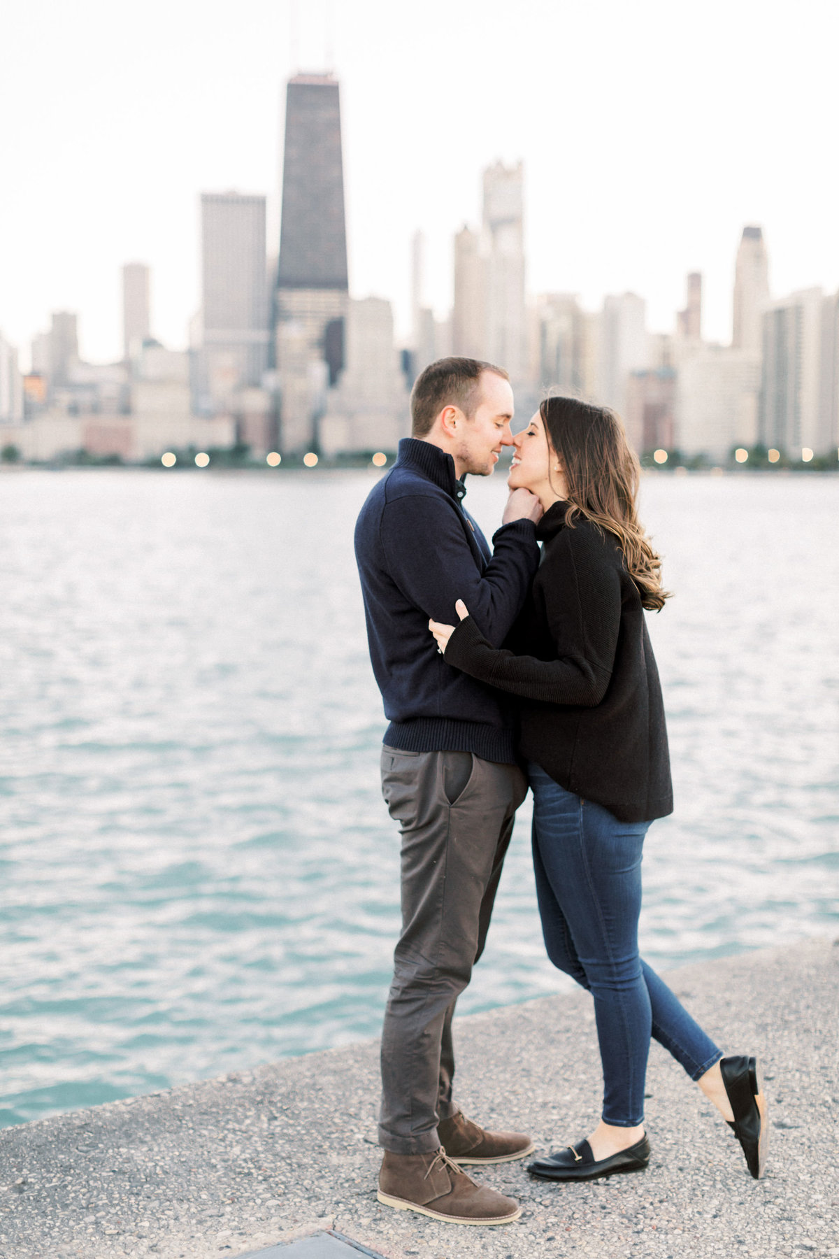 TiffaneyChildsPhotography-ChicagoWeddingPhotographer-Nicole+Christopher-WashingtonSquare&NorthAvenueEngagementSession-148