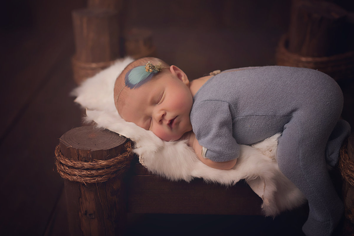 Traverse-city-newborn-photography-16.1