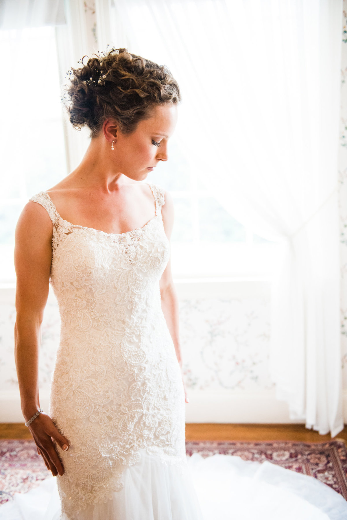 elegant classic bride, destination wedding photographer