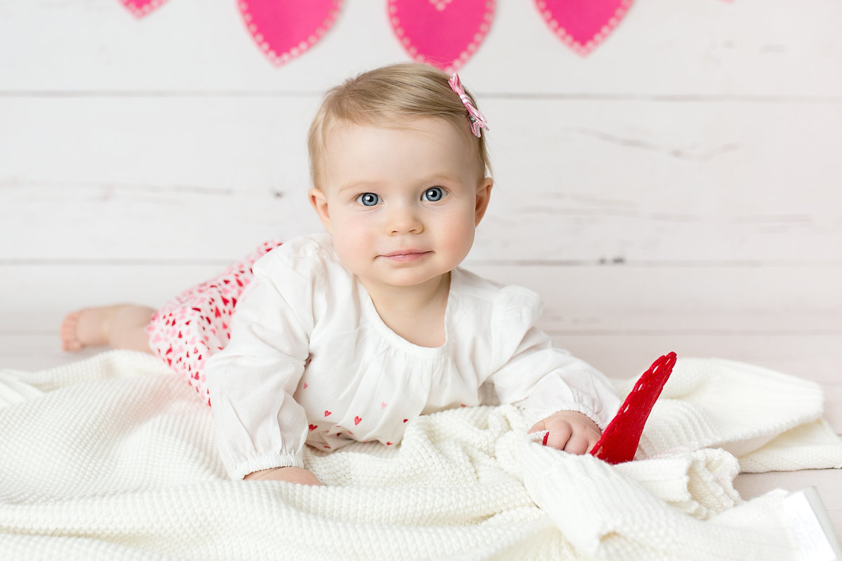 little girl valentines day session