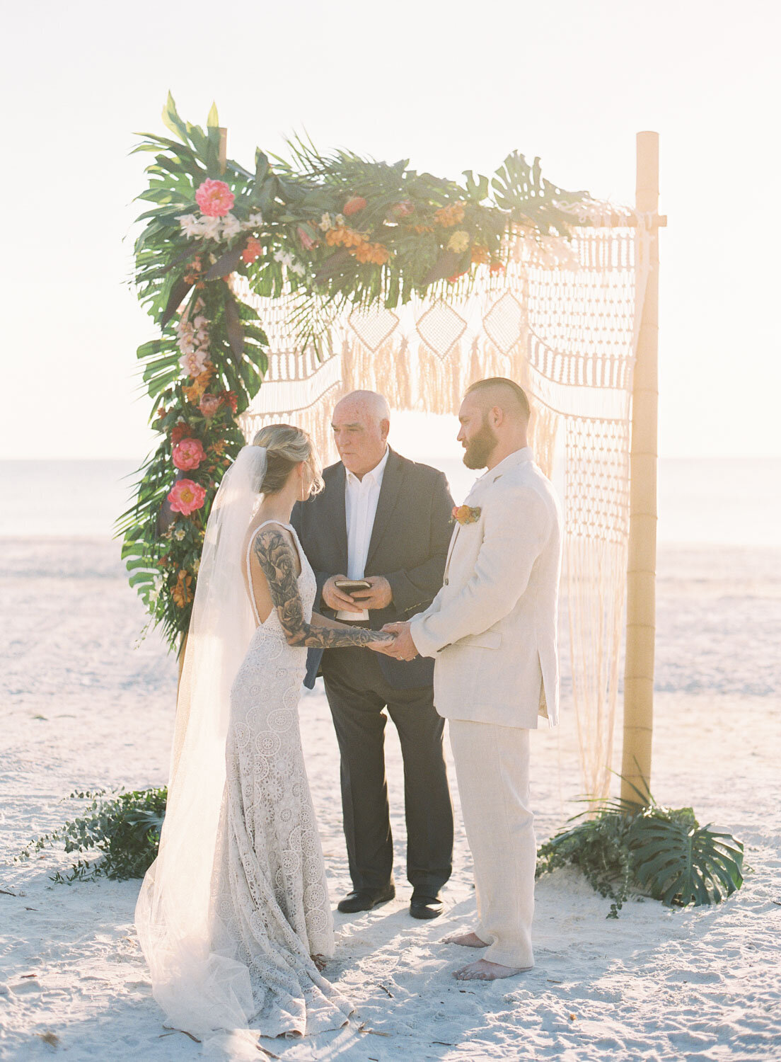 elegant-bohemian-tropical-december-destination-wedding-melanie-gabrielle-photography-martha-stewart-submission-009