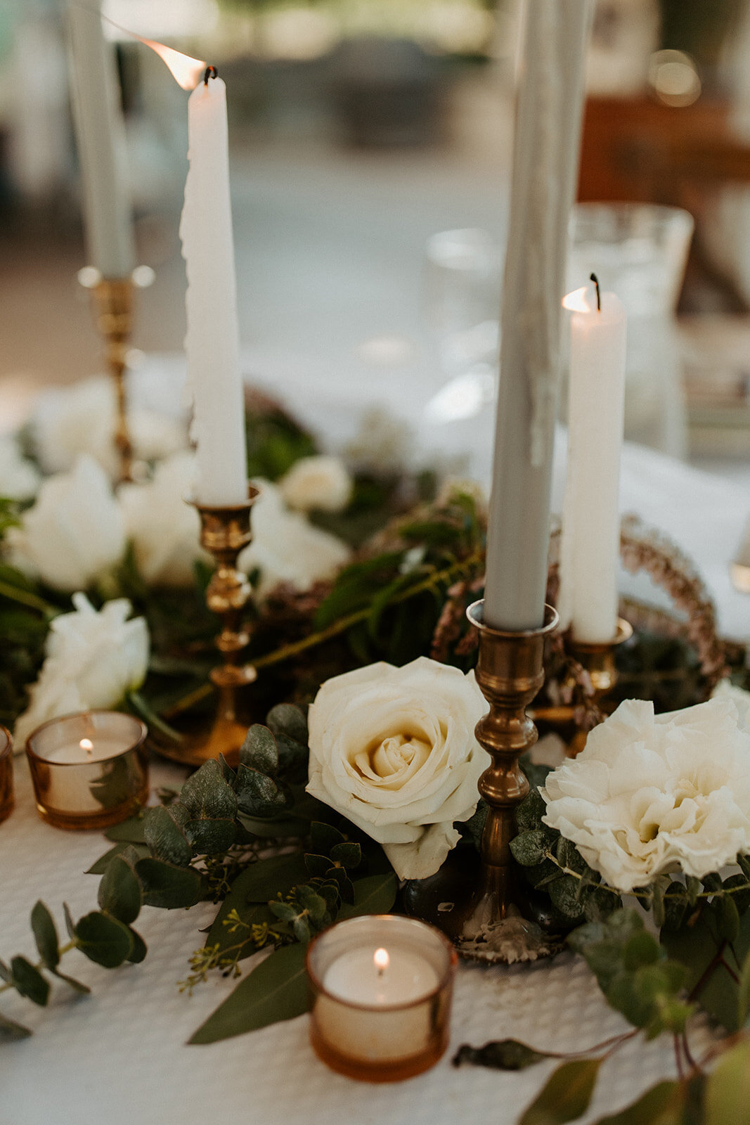 flowers on a sweetheart table