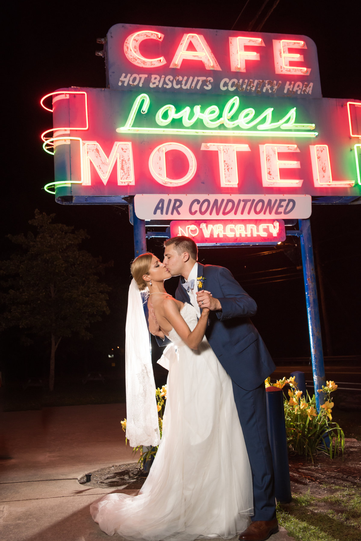 HighGravityPhotography_Nashville_Loveless_Wedding-1075