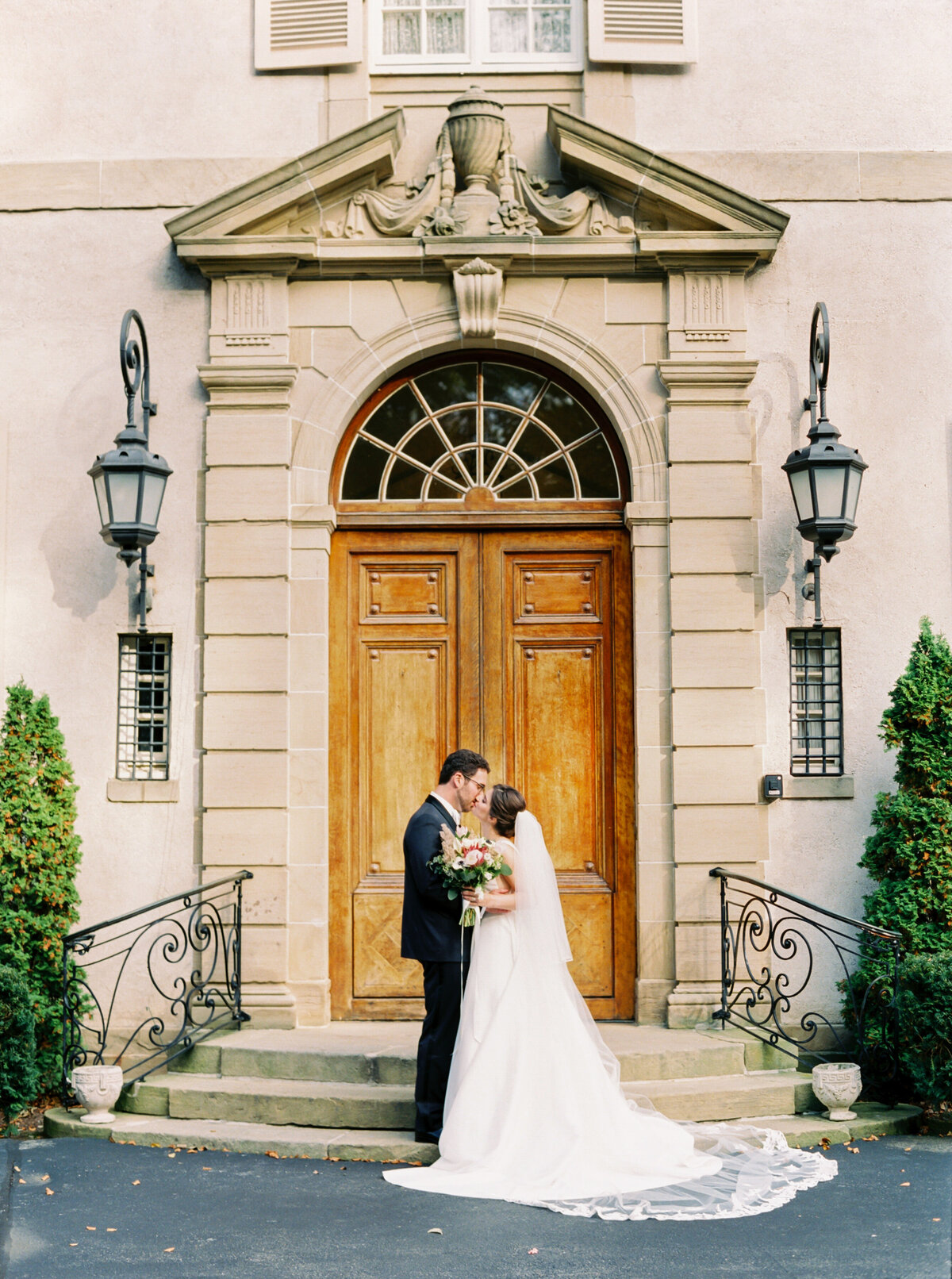 Tiffaney Childs-Newport Wedding Photographer-Lori + Christopher-Glenmanor House Wedding-88