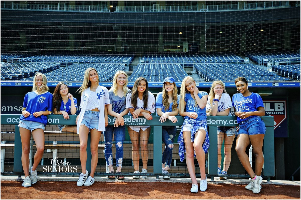 DSC_4638_kansas city senior portrait photographer royals kauffman stadium