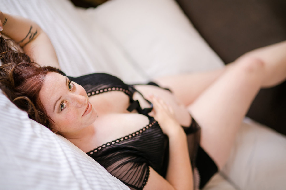 boudoir pregnancy photos