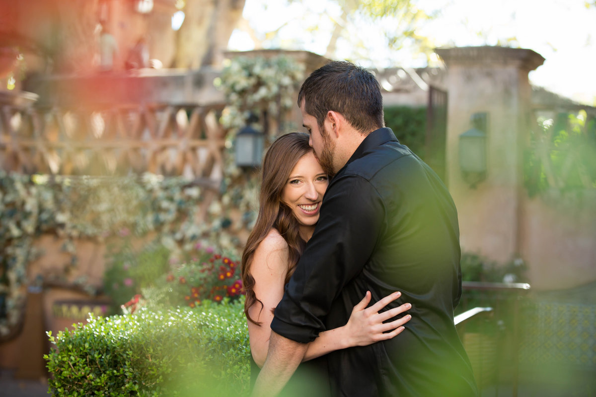 Adam+Lauren_SedonaArizonaEngagementPhotography_engagement ring_couple_SavannaLeeImagery0020