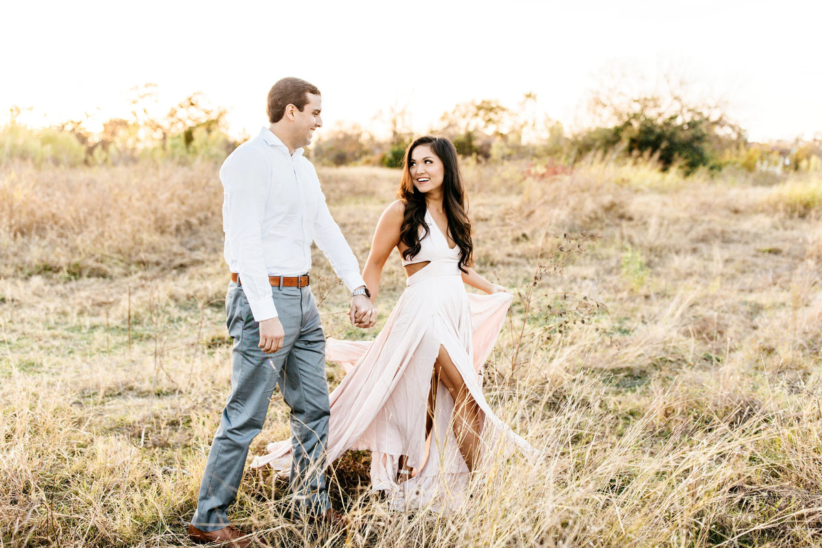 Alexa-Vossler-Photo_Dallas-Portrait-Photographer_White-Rock-Lake-Engagement-Session_Kaila-Gabe-12