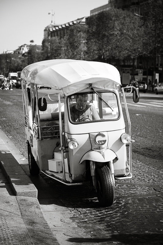Streets of Paris BW 61