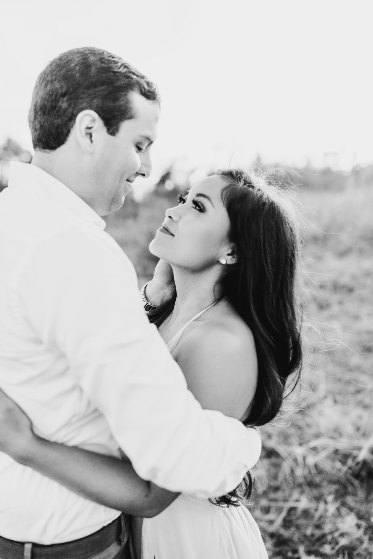 Alexa-Vossler-Photo_Dallas-Portrait-Photographer_White-Rock-Lake-Engagement-Session_Kaila-Gabe-15