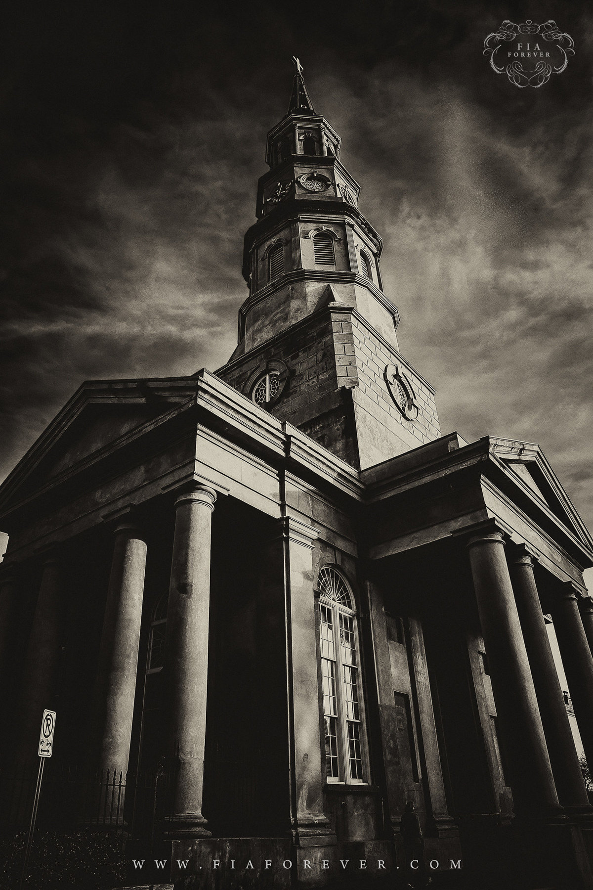 Portrait-Photographers-in-Charleston-SC-St-Philips-Church-King-and-Fields-Charleston-SC