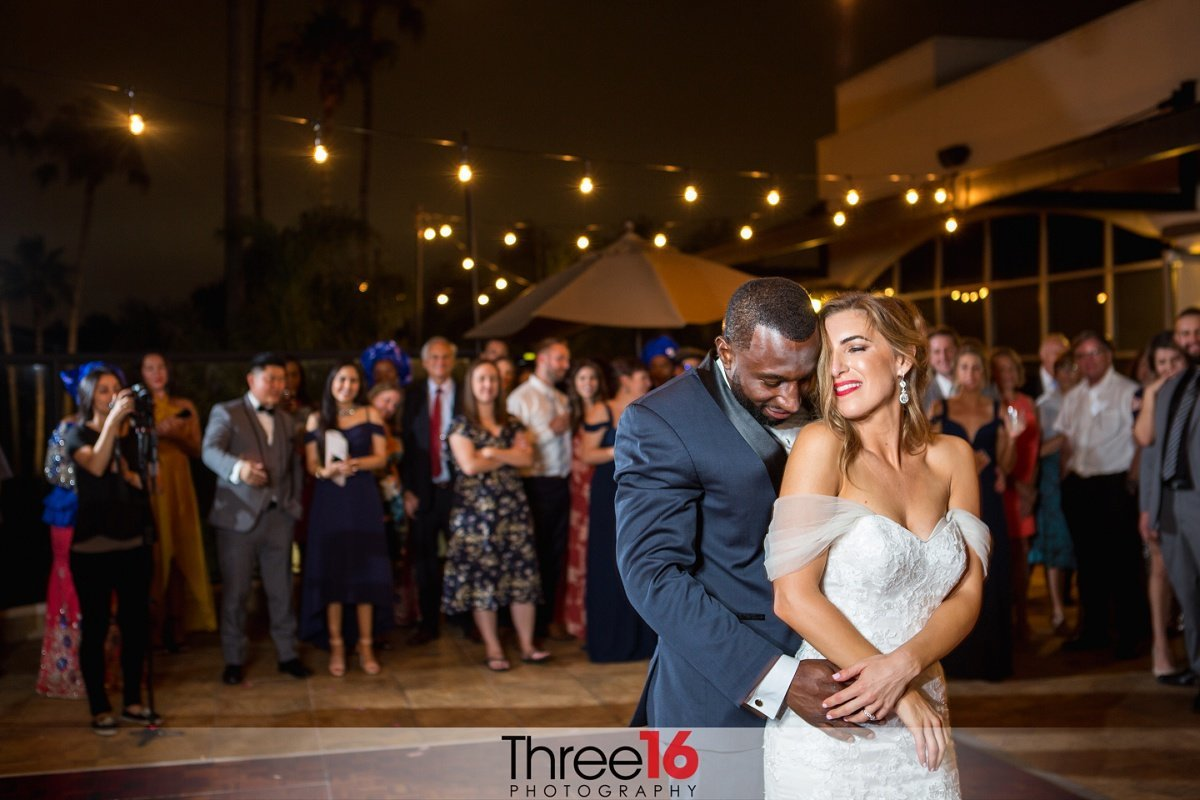 Seacliff Country Club Wedding Outdoor First Dance