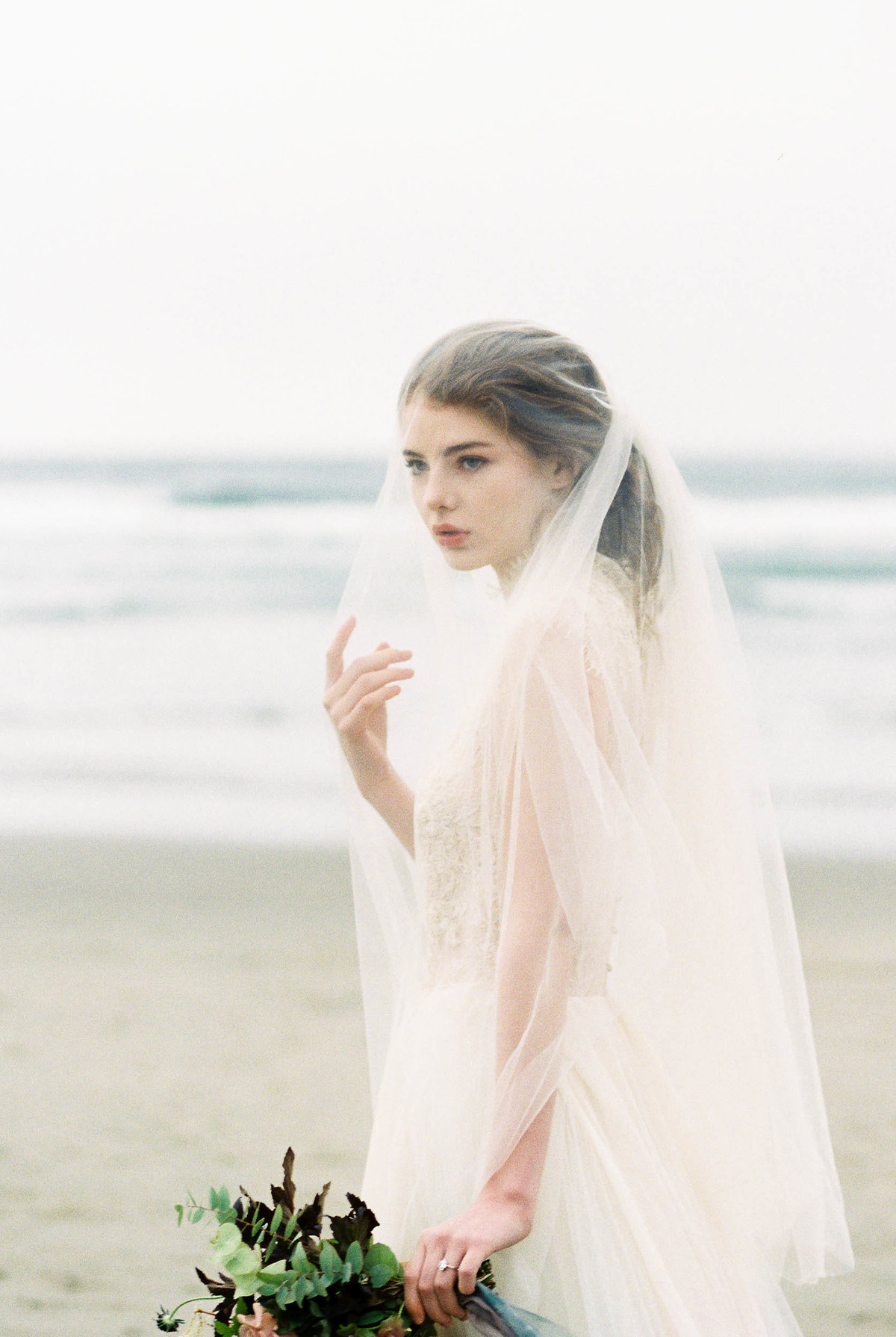 Cannon-Beach-Bridal-Editorial-Georgia-Ruth-Photography-4