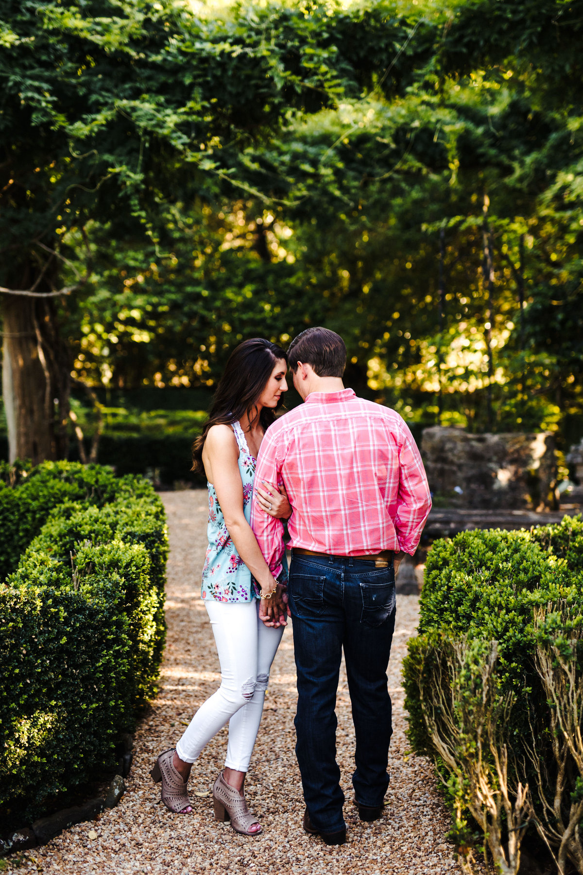 Hills and Dales Estate Engagement Session - 9