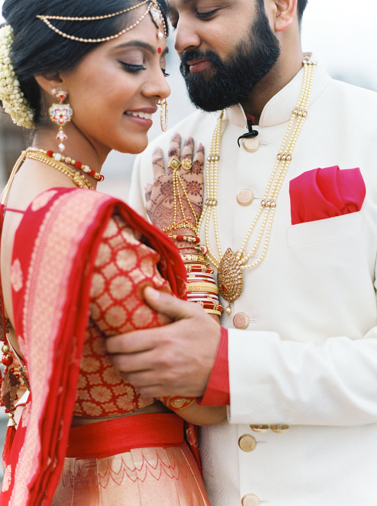 Madhuri + Gaurav Atlanta BAPS Mandir Southern Exchange Ballrooms Wedding 0101
