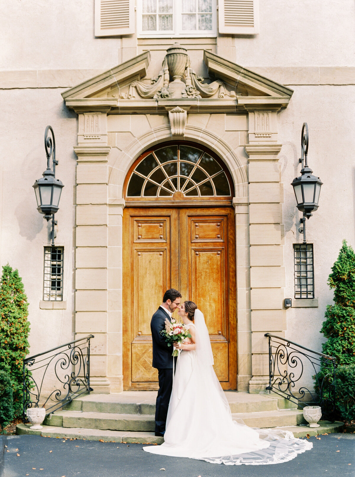 Tiffaney Childs-Newport Wedding Photographer-Lori + Christopher-Glenmanor House Wedding-25