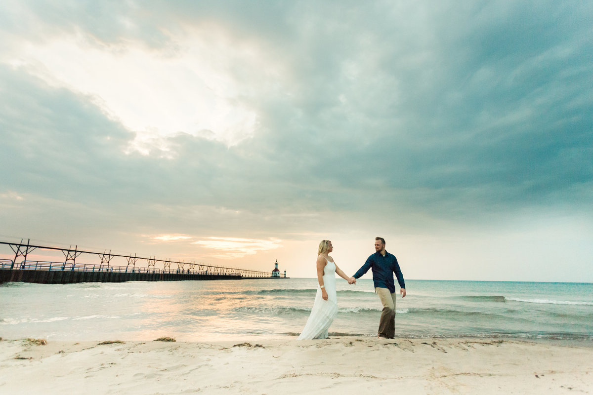 Lake Michigan Engagament ShootMishelle Lamarand Photogrphy