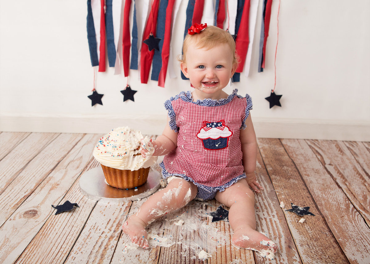 4th of July baby first birthday cake smash portrait photography by professional photographer in the Hudson Valley NY Cornwall photo studio