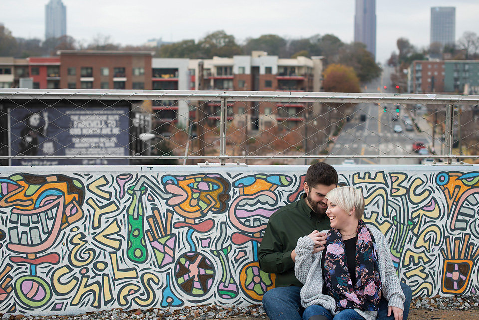 graffiti_wall_city_hipster_engagment_megant_pictures