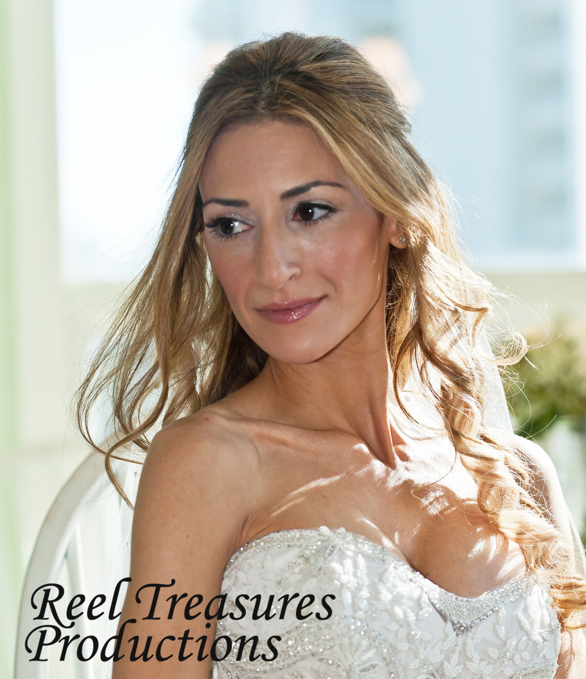 Reel Treasures Productions is an award-winning husband & wife photography and cinematography team based in Naples, Florida.