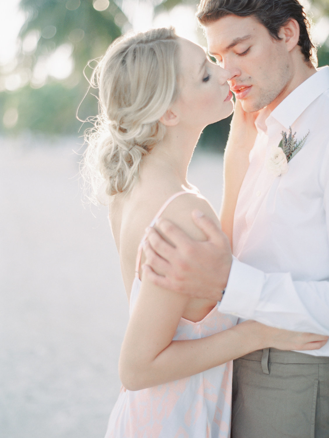 island-elopement-destination-wedding-photographer-melanie-gabrielle-photography-0111