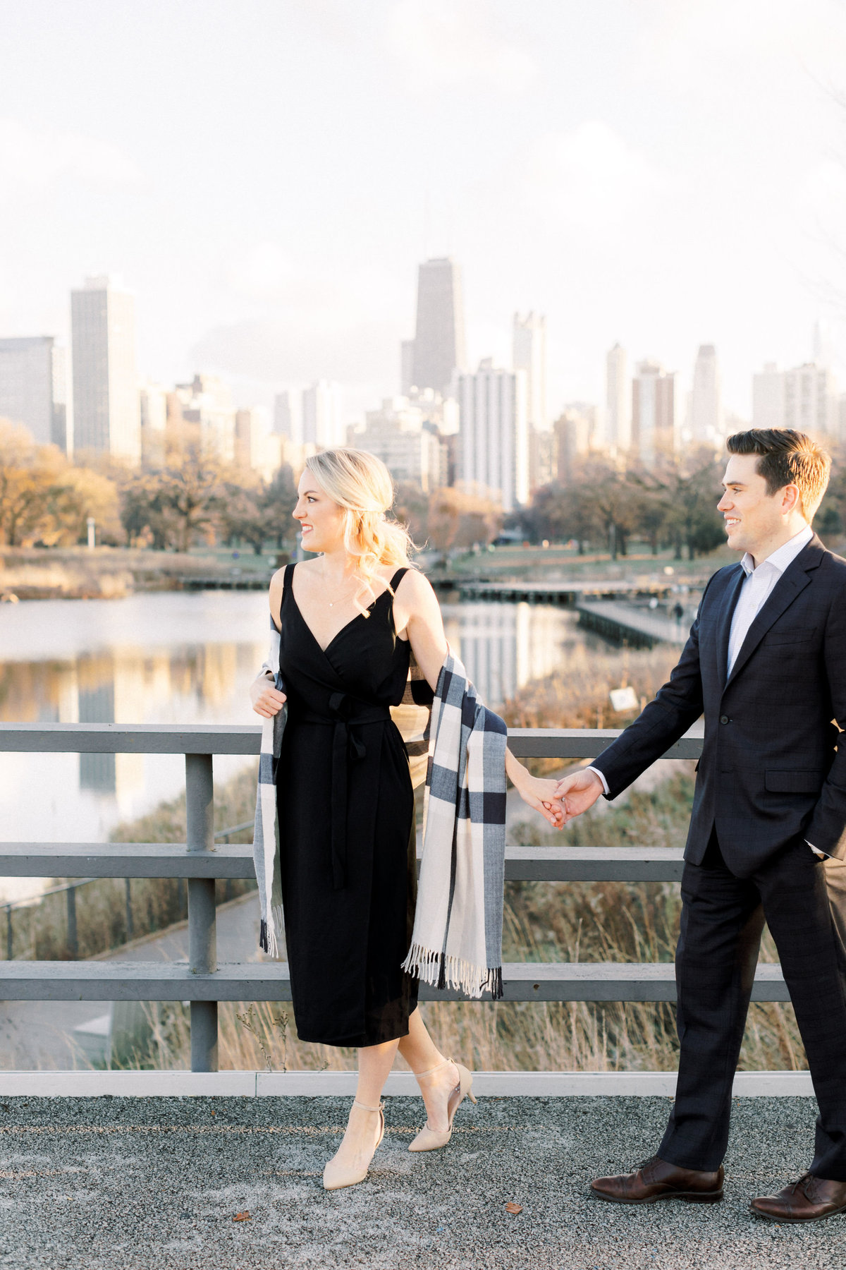 TiffaneyChildsPhotography-ChicagoWeddingPhotographer-AnneMarie+Connor-LincolnParkNatureBoardwalkEngagementSession-139