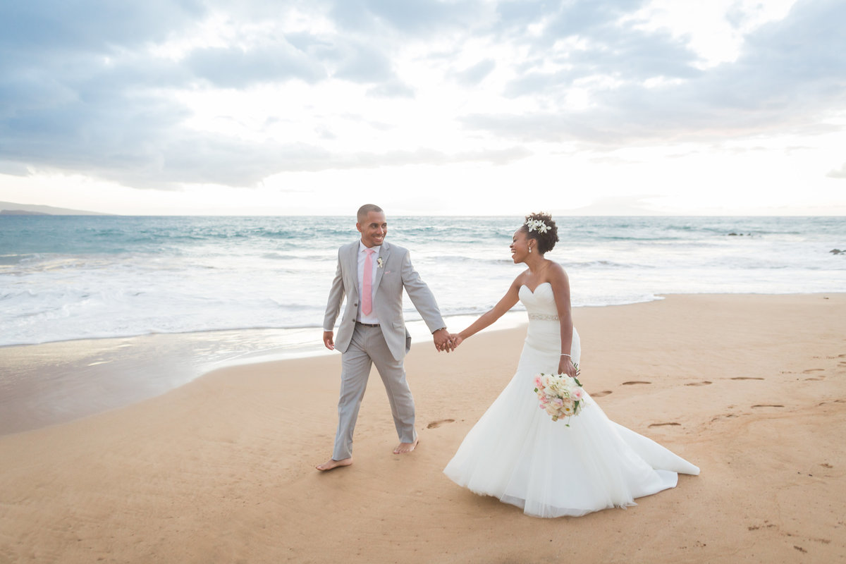 bride and groom on the beach in Maui, Hawaii