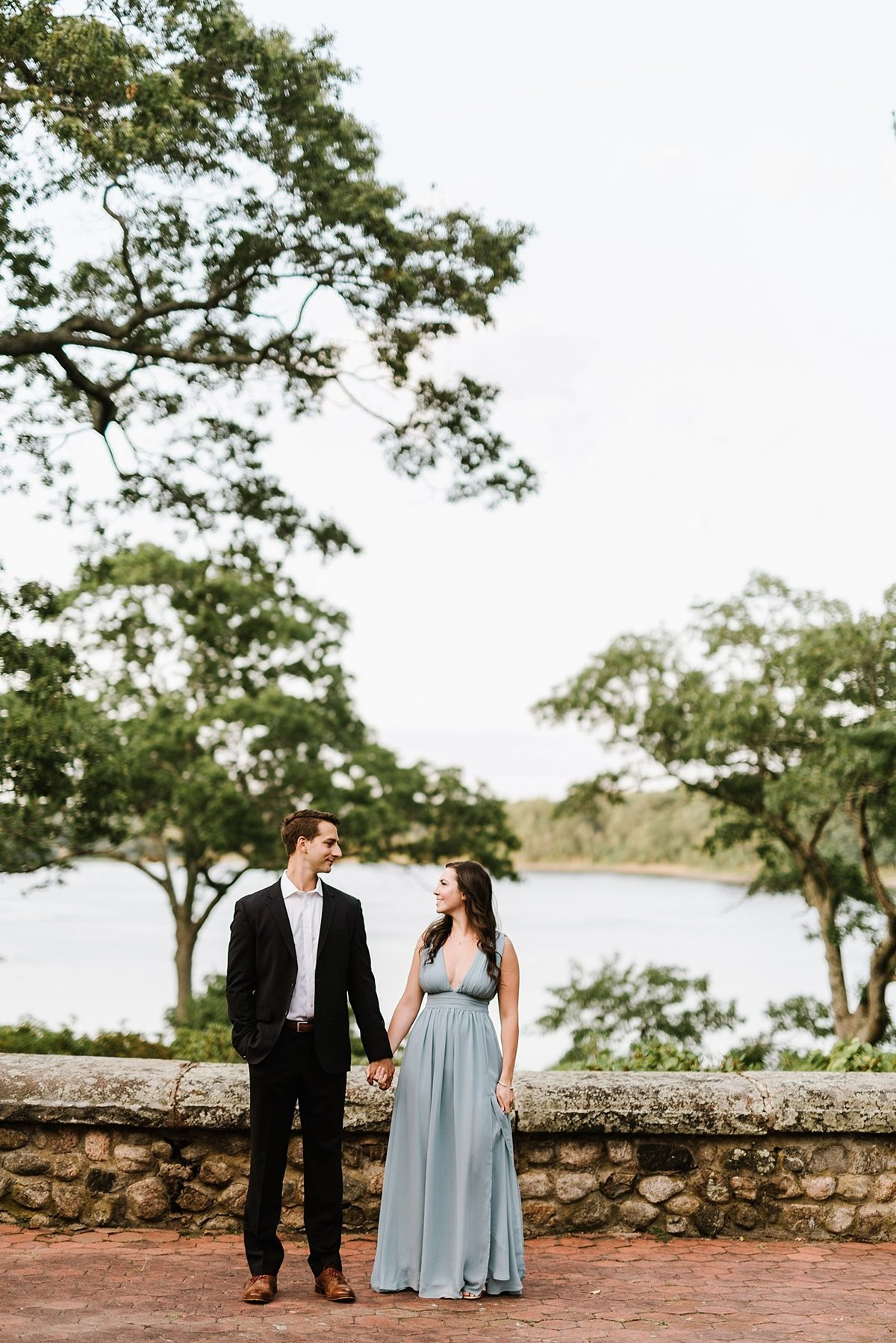 estate-at-moraine-farm-wedding-photographer-anniversary-photo_0022