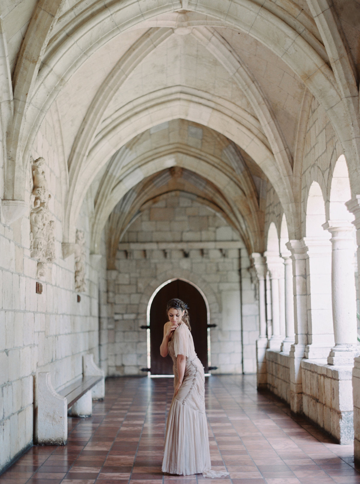 ancient-spanish-monastery-ethereal-lavender-editorial-melanie-gabrielle-photography-064