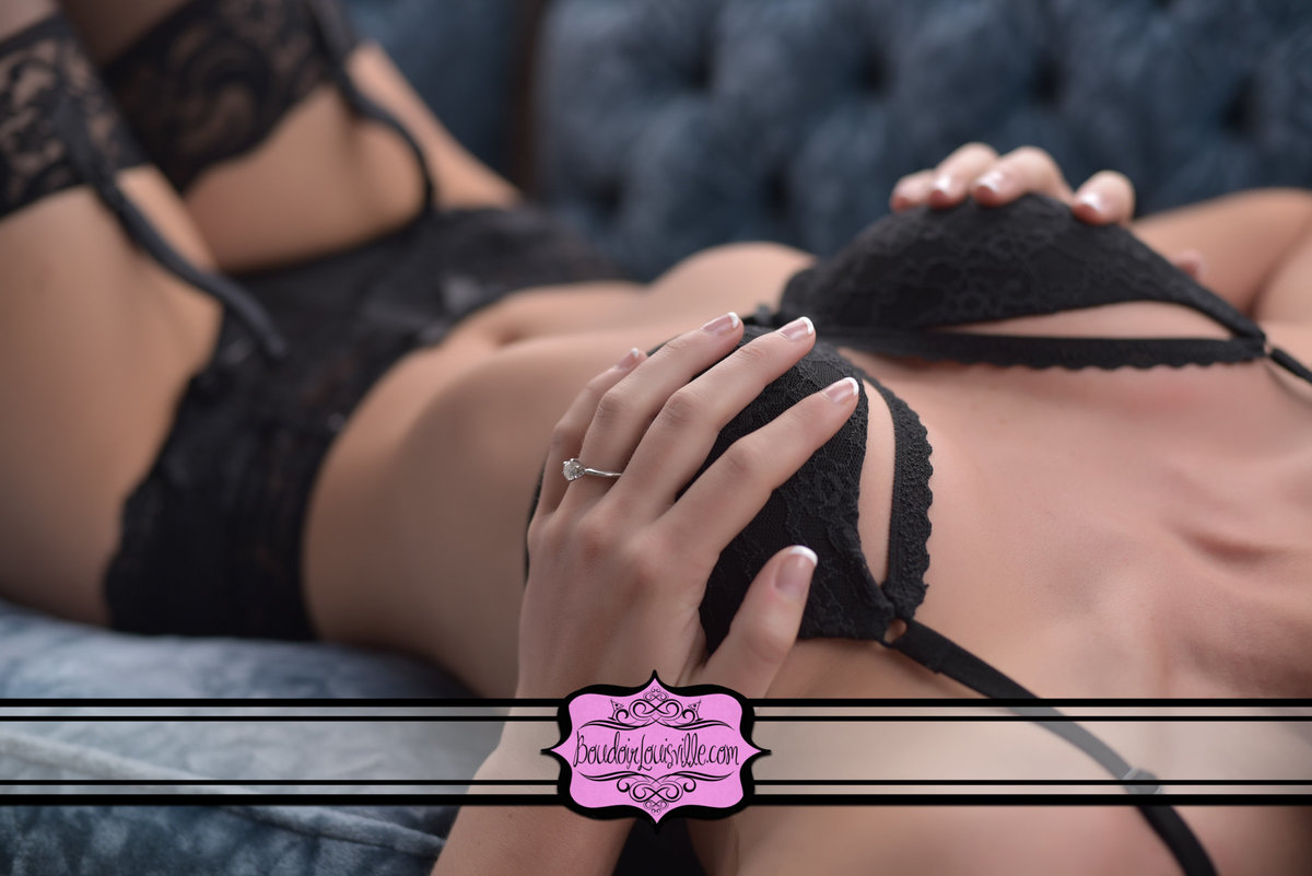 Boudoir Louisville - Boudoir Photography Studio-712