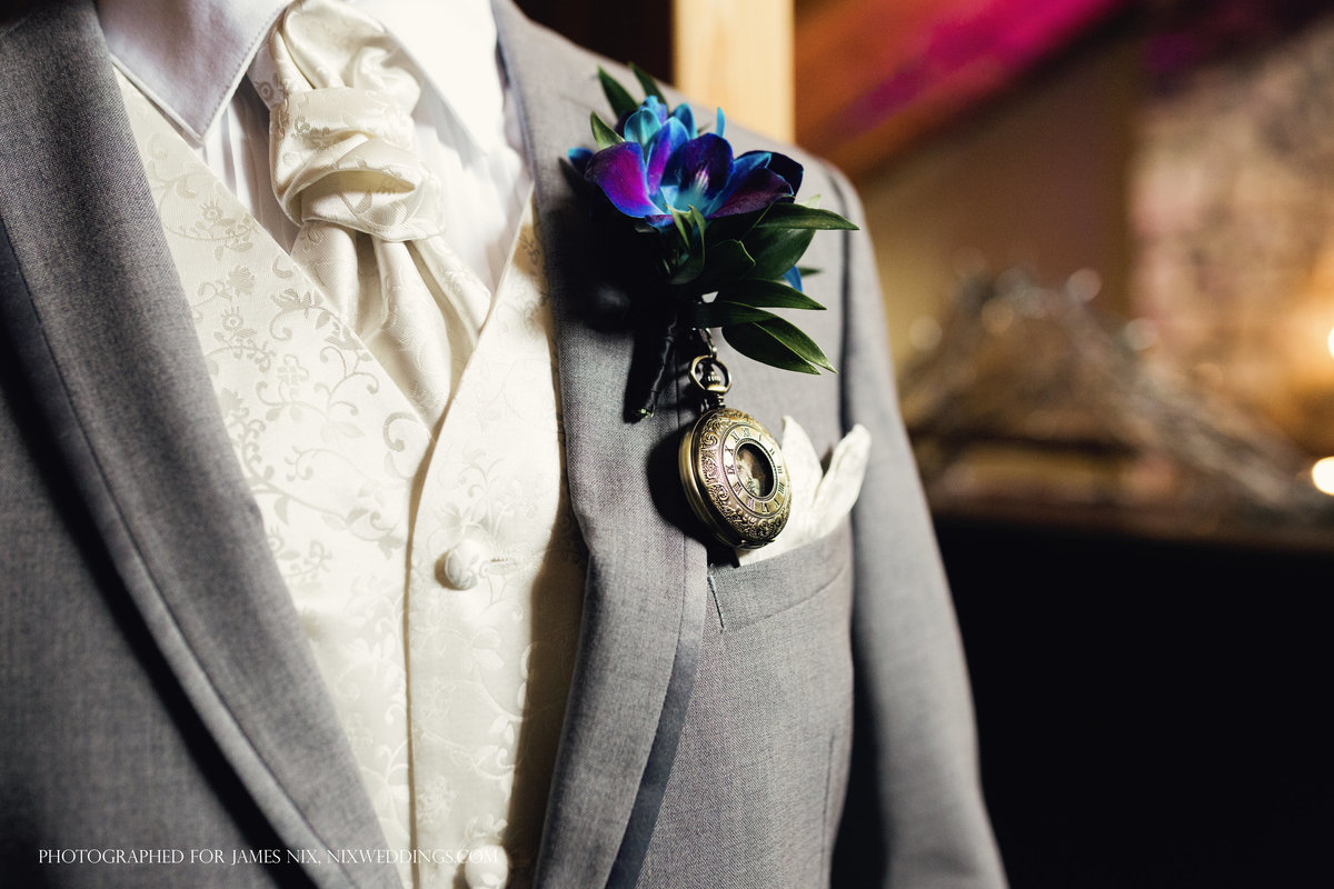 charlotte wedding photographer jamie lucido captures a beautiful detail of the groom's unique boutonniere