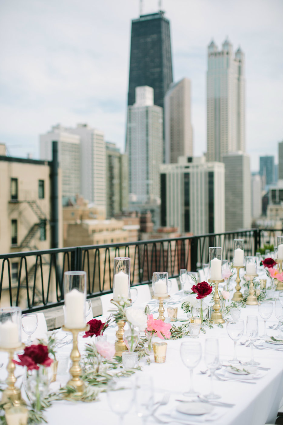 life_in_bloom_chicago_wedding_florist_and_event_designer_public_hotel_7