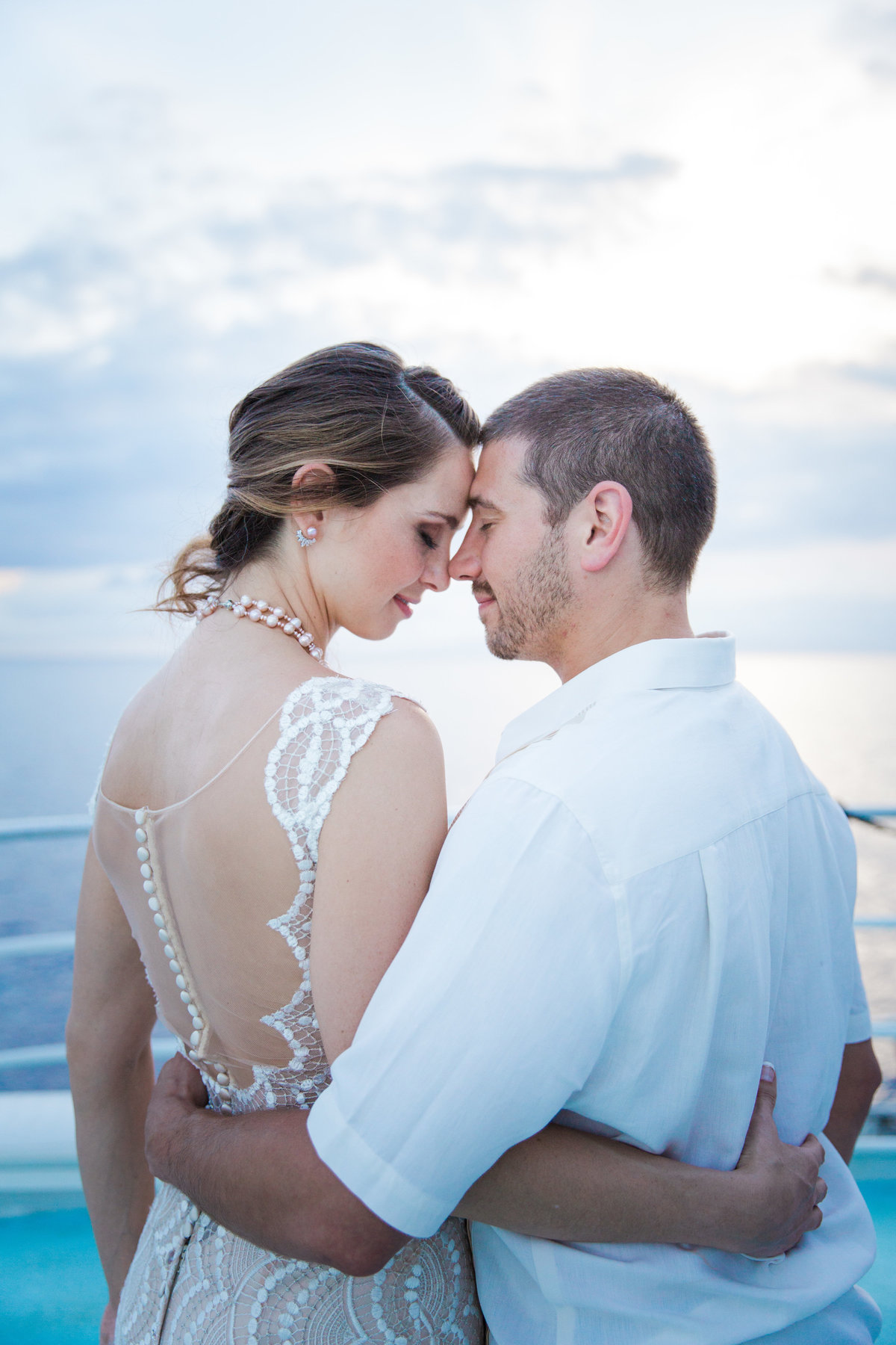 Kara-Thomas-Wedding_ERP_Bride+Groom-Sunset-55