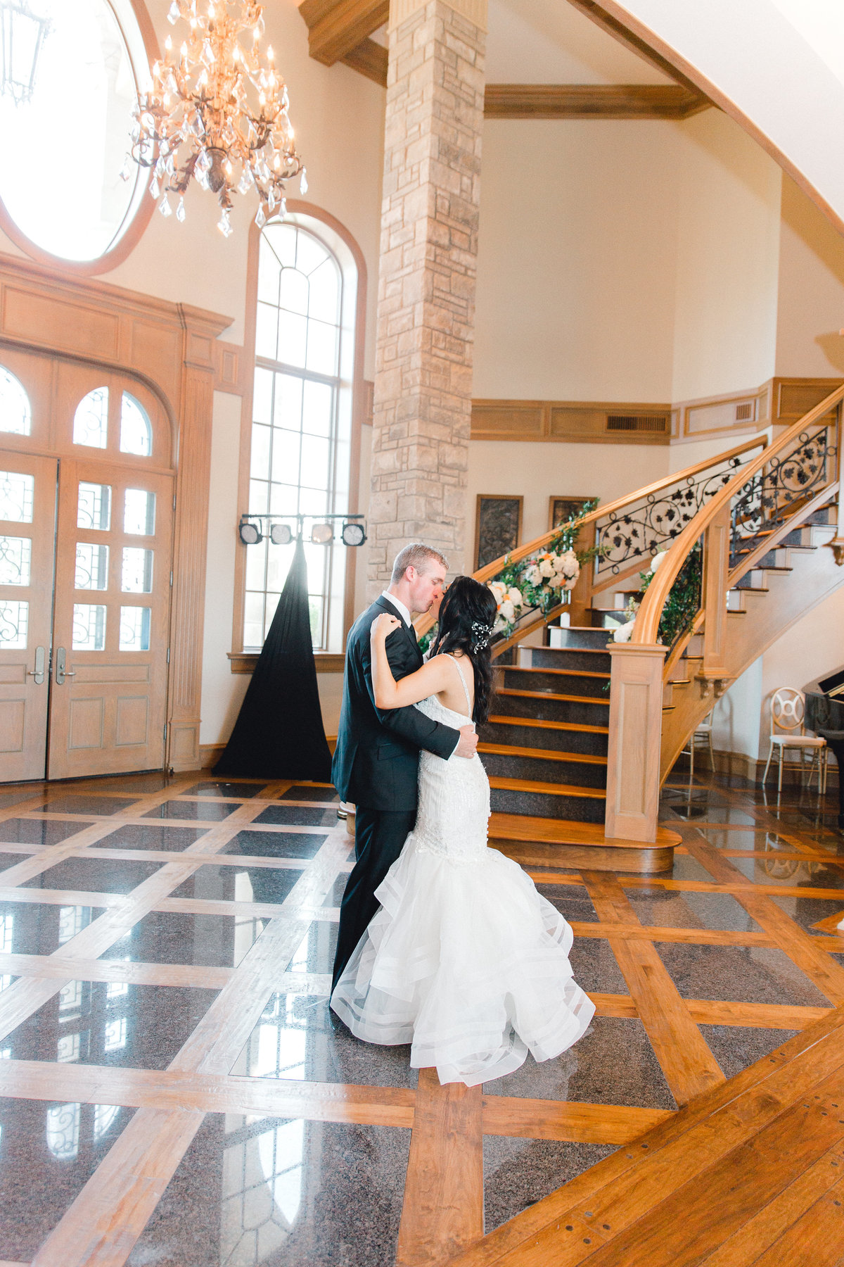 High-Pointe-Mansion-Wedding-Photography-Oklahoma-City-Wedding-Photographer-Holly-Felts-Photography-432