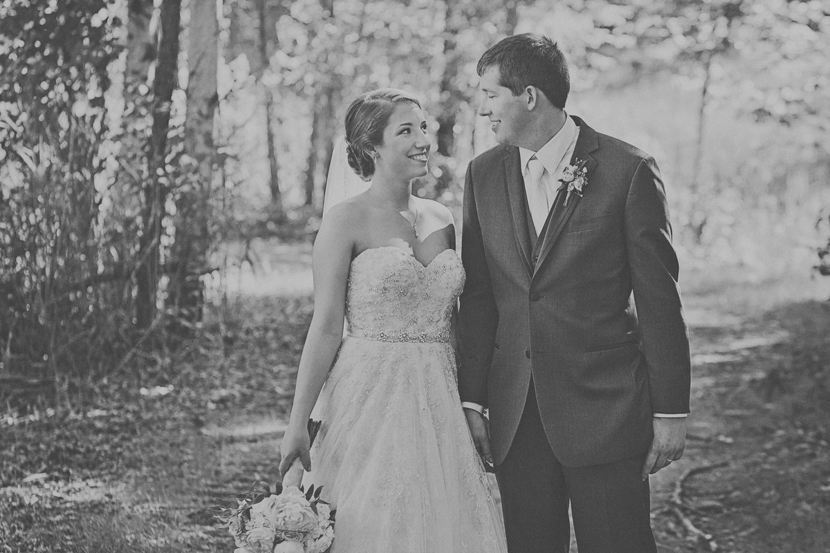 Classic bride and groom in the forest  by Casi Lea Photography-green bay wedding photographer-door county wedding photographer-milwaukee wedding photographer-appleton wedding photographer-wisconsin weddings