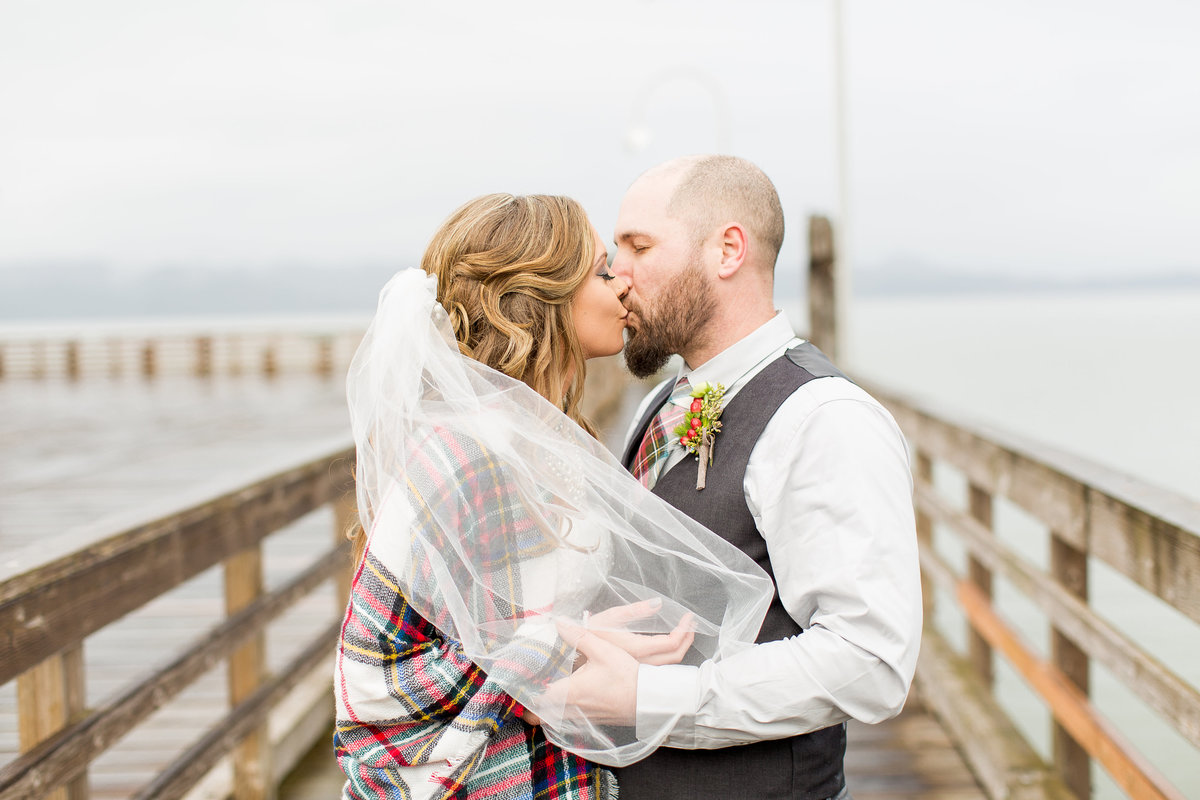 John + Jordan | Fort George Brewery | Astoria Oregon Wedding | Lifesong Photography (45 of 119)