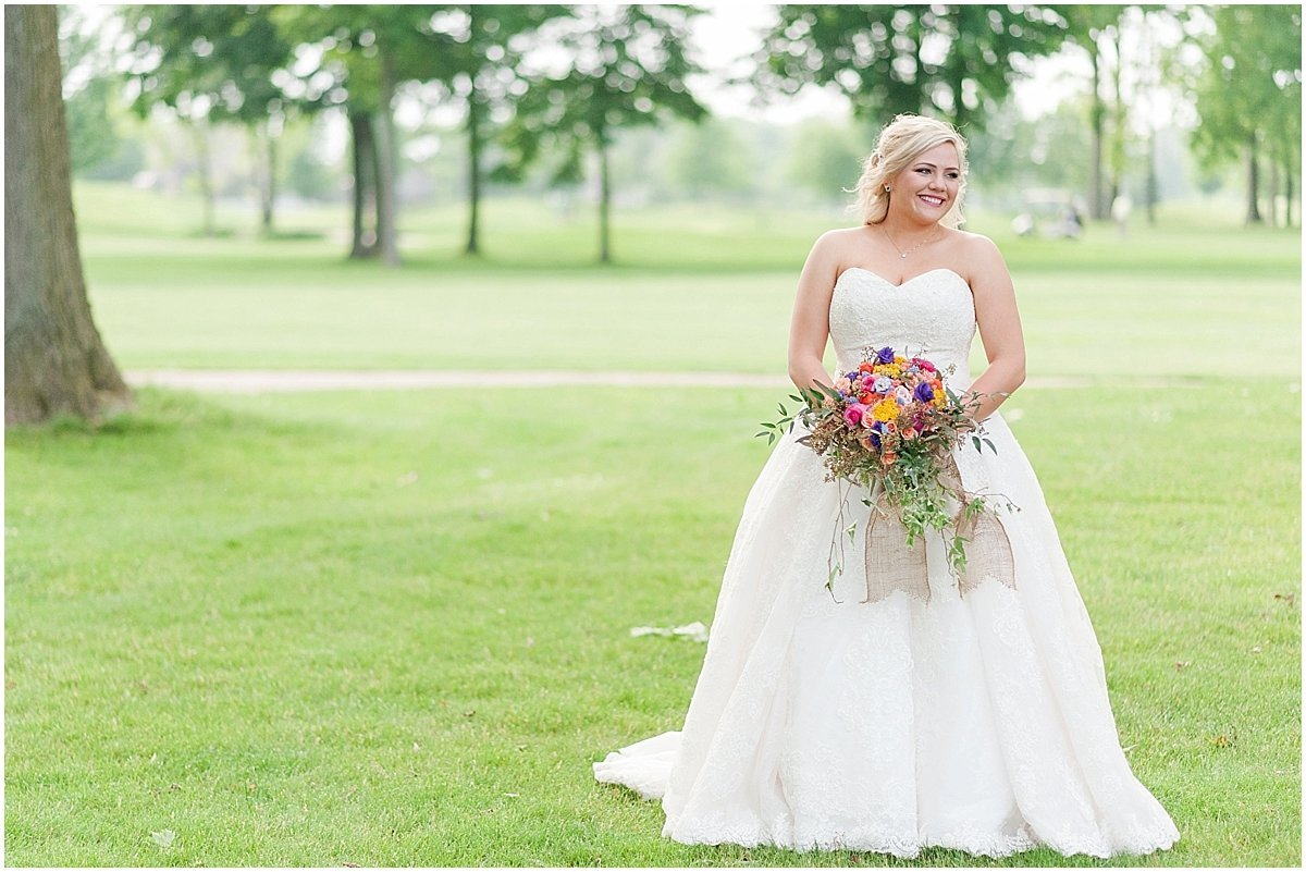 Elegant Heritage Golf Club wedding in Hilliard Ohio Outdoor Wedding Pipers Photography_0060