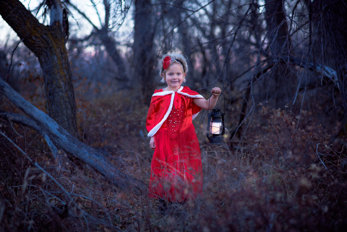 Girl with Lantern at Bobolink Trail