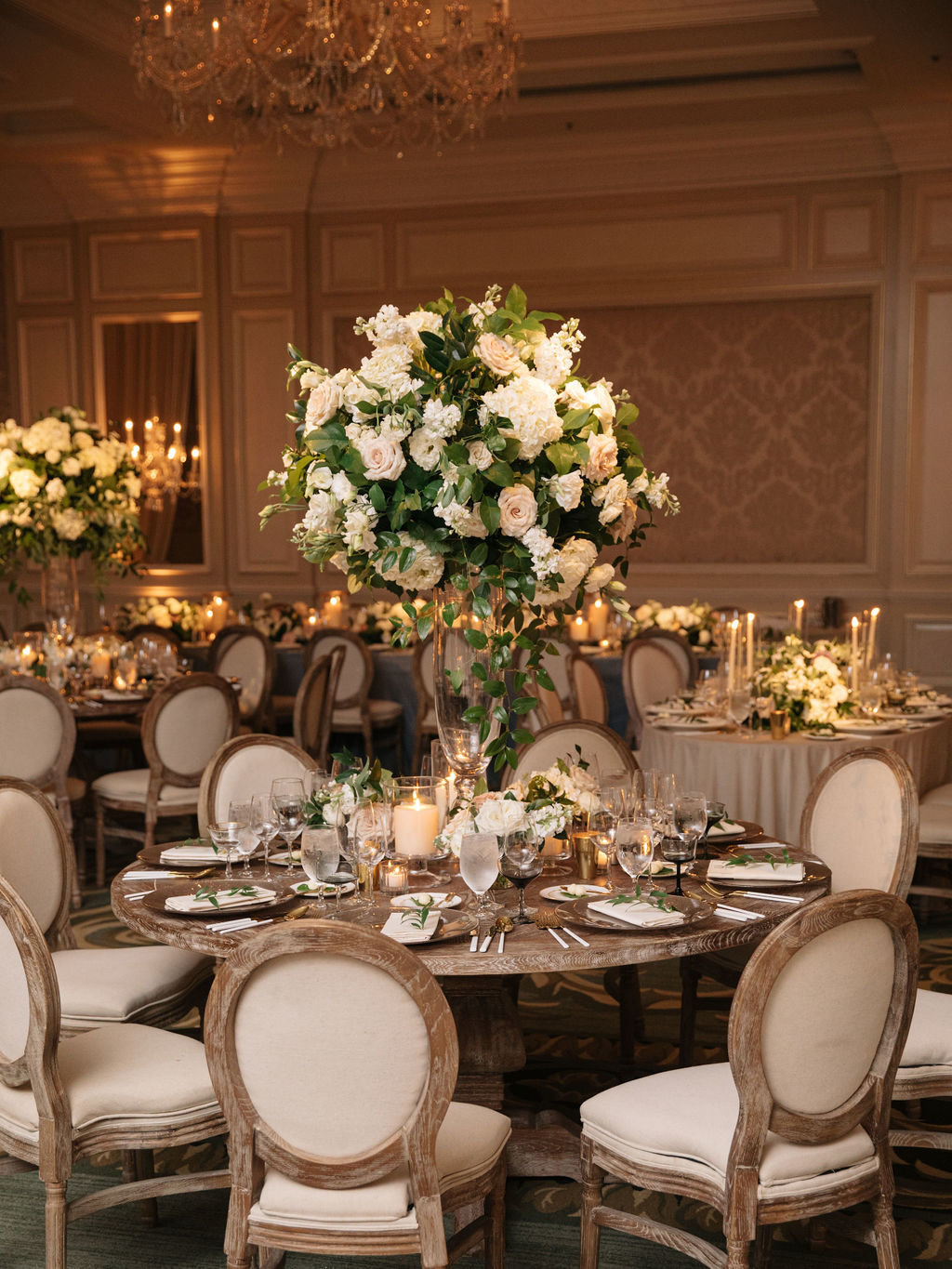 Four Seasons Chicago Elegant Wedding_12