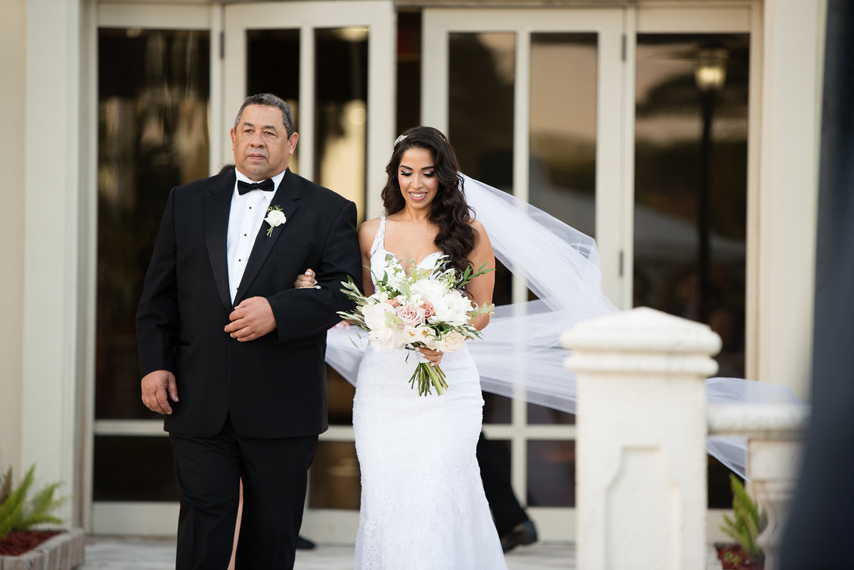 Doral Park Country Club wedding ceremony aisle