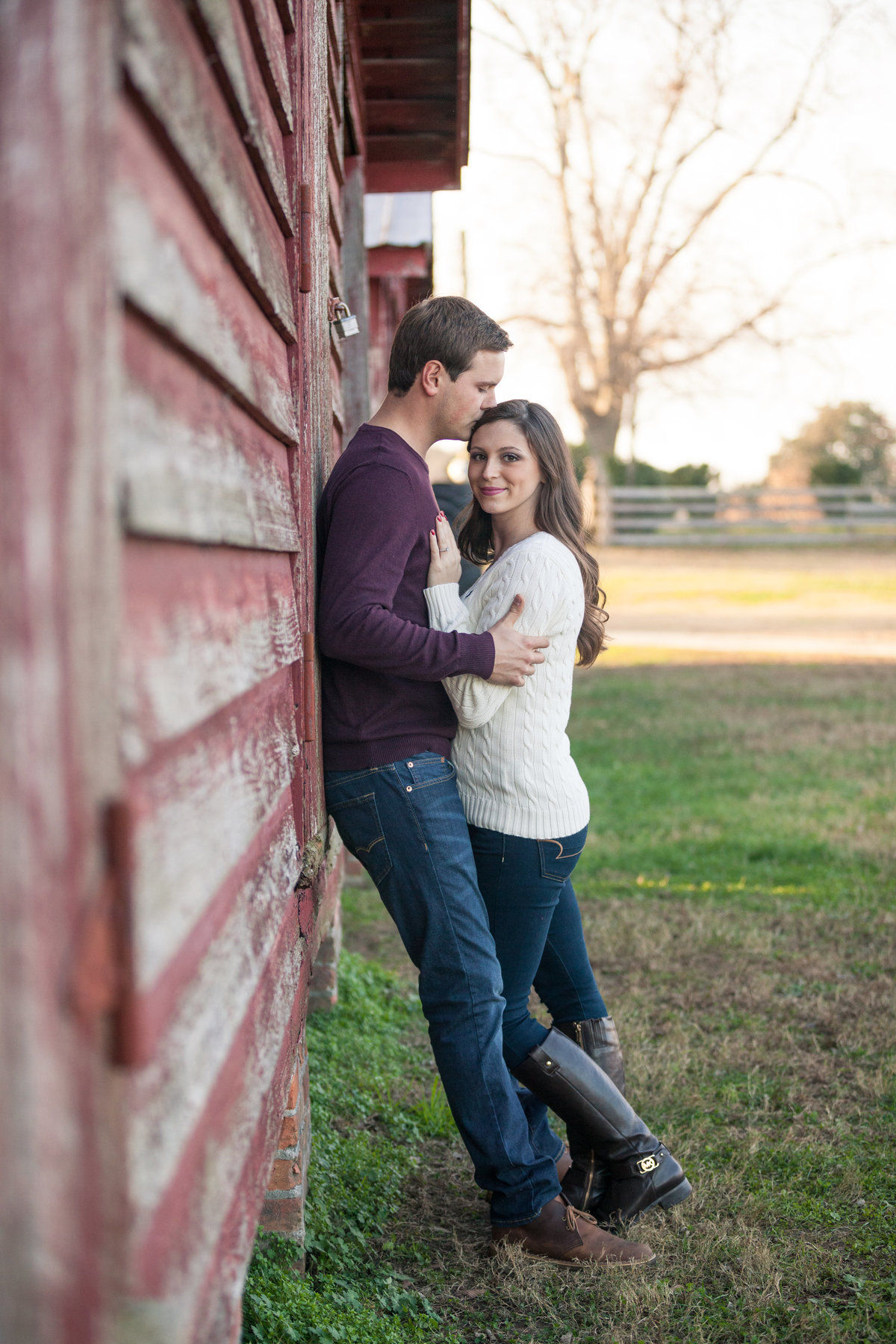 rustic engagement photos at windsor castle park