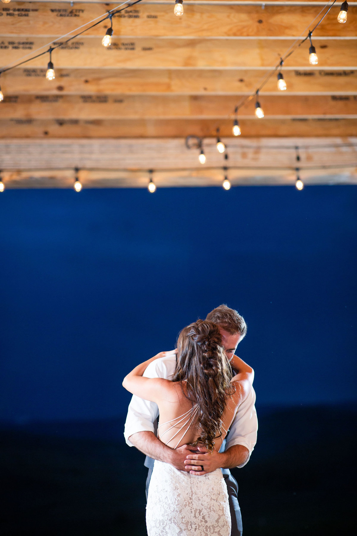Strawberry-Creek-Ranch-Wedding-Ashley-McKenzie-Photography-Summer-love-on-the-ranch-First-dance